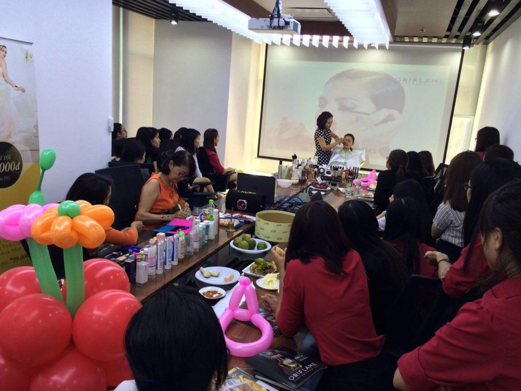 Ngày hội làm đẹp cho nhân viên nữ công ty khách hàng
